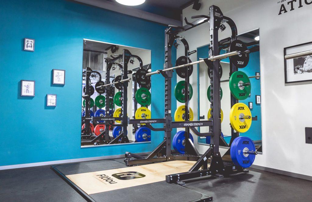 FitYou Giengen Trainingsbereich Hammer Strength Rack